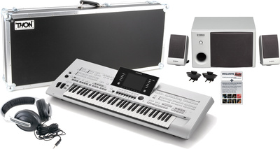 Yamaha Tyros 4 XL Stage Bundle
